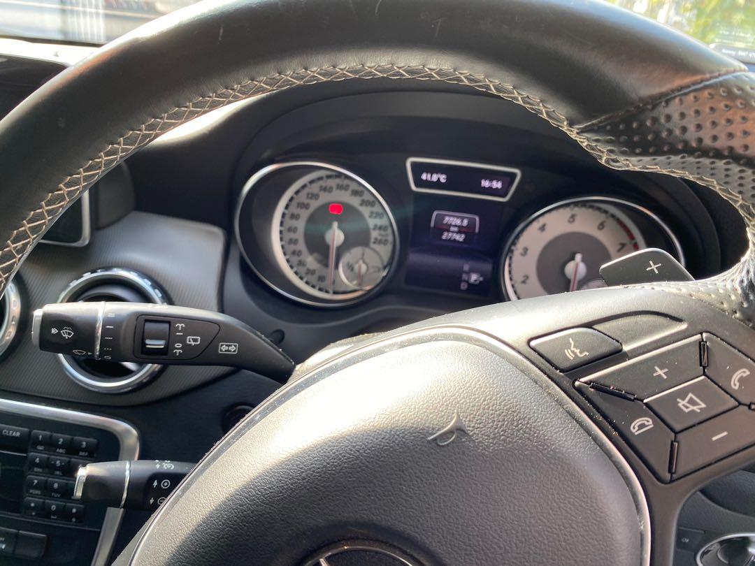 Mercedes-Benz GLA180 (A)