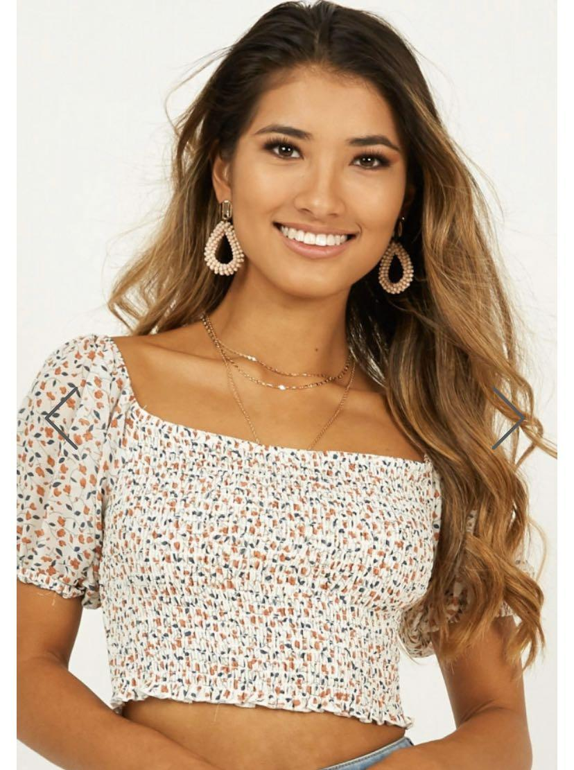 Showpo Every Move Top in Floral White Size M 10 cropped pirate sleeve blouse shirt stretchy flattering