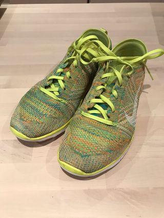 Nike free run fly knit running shoes/sneakers