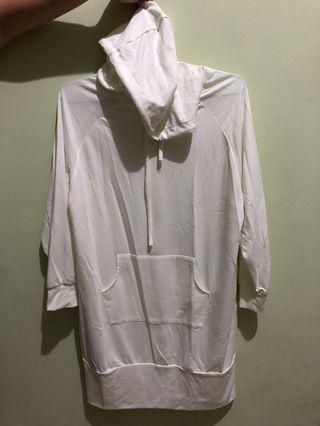White Dress Hoodie #bersihakhir (bukan uniqlo, h&m, zara)