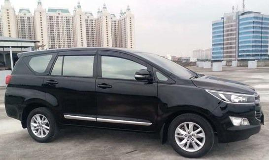 Cheapest Exclusive Family Car Rental. No Hidden Cost. Experienced English Driver