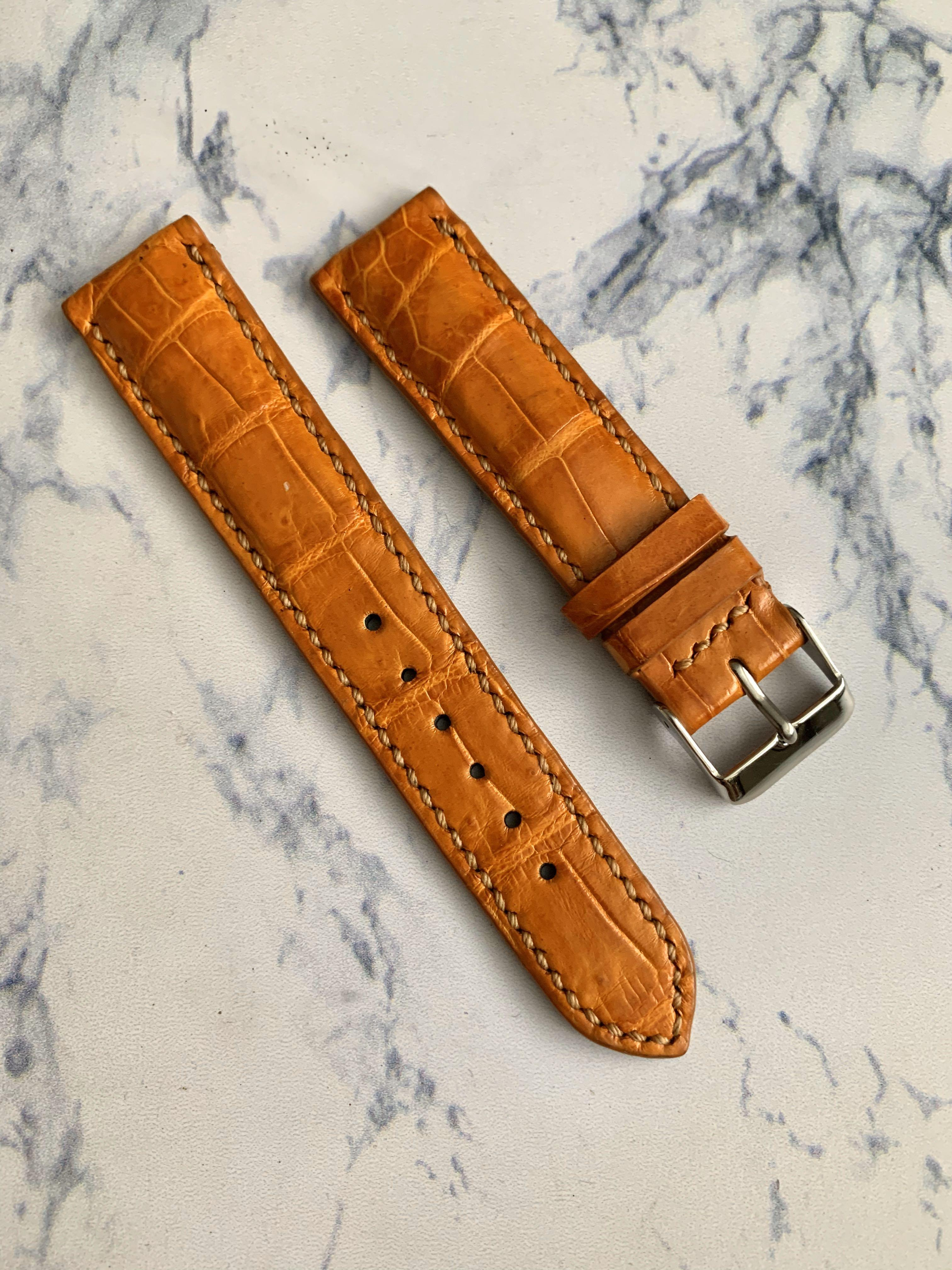 20mm/18mm Rich Gold Brown Alligator 🐊 Crocodile Watch Strap (beautiful grains- one of its kind) (True to colour) 20mm@lug/18mm@buckle      Standard length:L-120mm, S-75mm (looks great with black dial, grey dial, black PVD, gold watch)