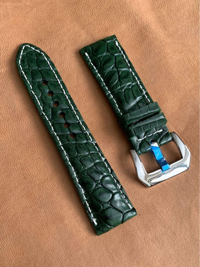 24mm/22mm British Racing Green Alligator 🐊 Crocodile Watch Strap with White Stitching 24mm@lug/22mm@buckle  24mm/22mm     (Only one piece👍🏻) Standard length: L-120mm, S-75mm