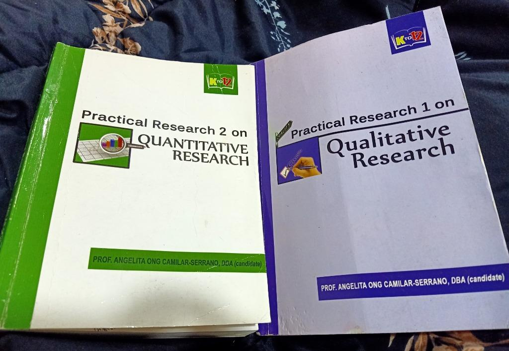 Research 1 and Research 2 books (Qualitative and Quantitative)