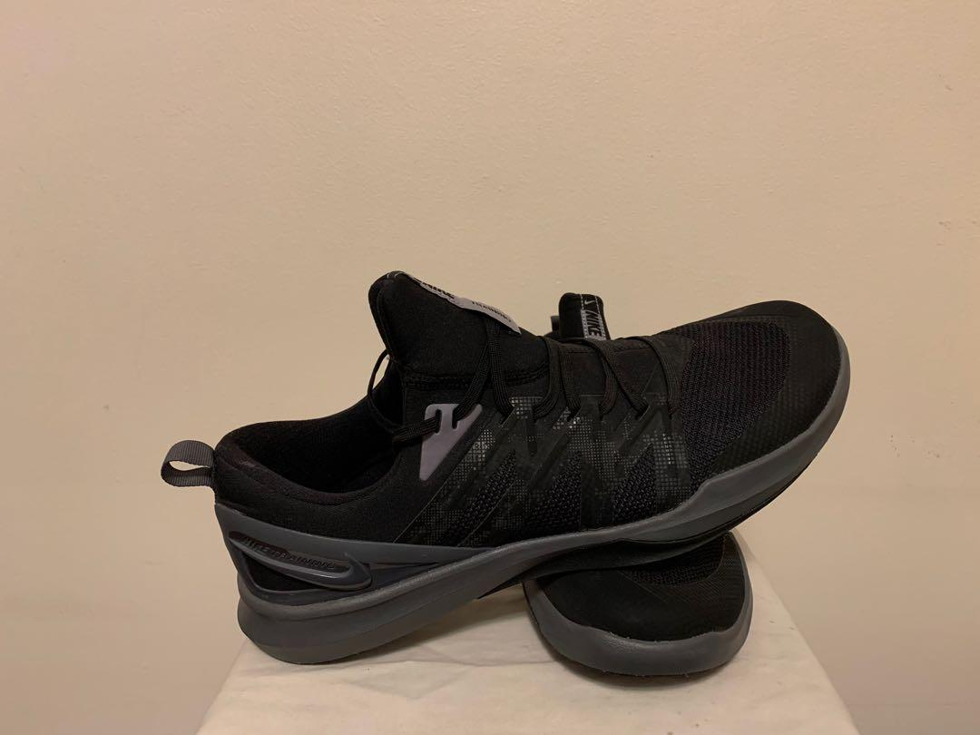 Brand New - Nike Men's Training Shoes A04402-002 Black/ Gray - Size 14