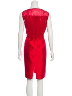 CAROLINA HERRERA Bateau Neckline Knee-Length Dress