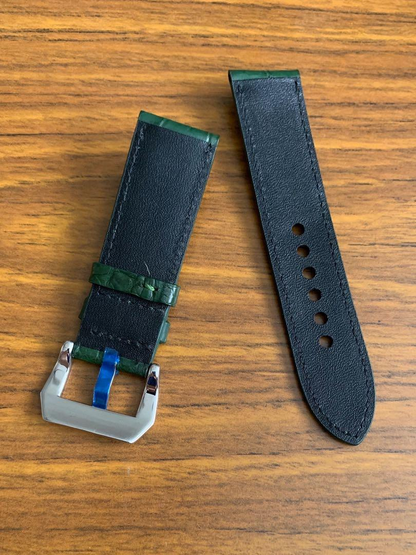 24mm/22mm Authentic British Racing Green Alligator  🐊 Crocodile Watch Strap (Standard length: L-120mm, S-75mm) (only one piece, once sold no more😊)