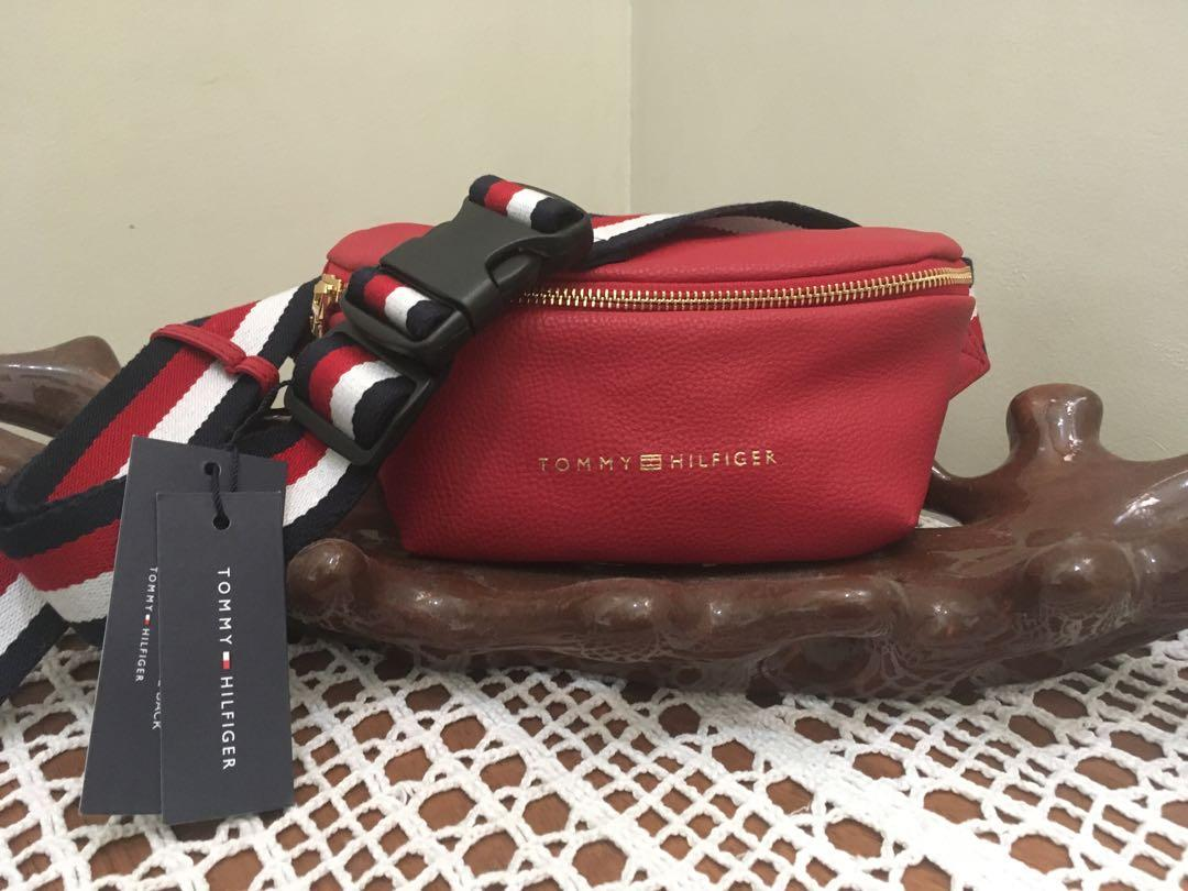 fanny pack tommy hilfiger red