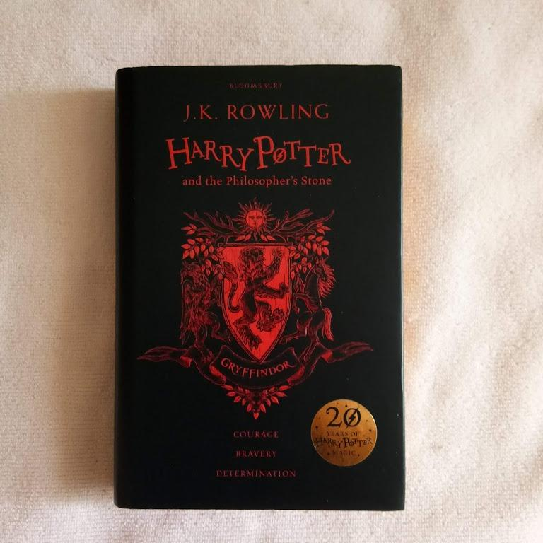 harry potter & the philosopher's stone, 20th anniversary edition (gryffindor)