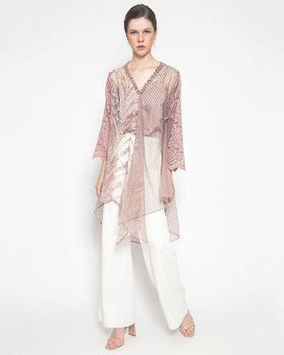 Sewa: Serasa Studio - Milly Outer (Top Only)