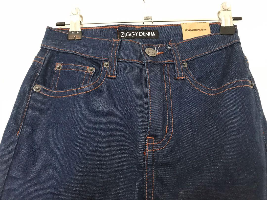 Brand New Ziggy Blue Skinny Jeans size 24 sticks and bones