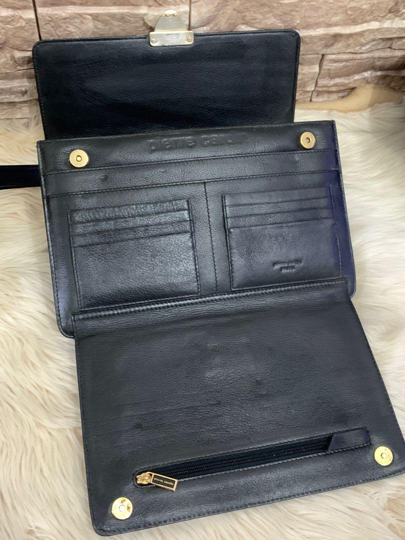 Tas tangan clutch Pierre Cardin original, full leather size 26 cm, mulus 90% OK, banyak compartmentnya, bag only