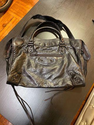 Balenciaga city bag.100% real excellent condition