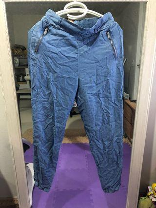 Atmosphere Relaxed pants