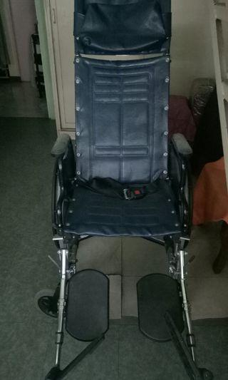 Reclinable Wheelchair invacare