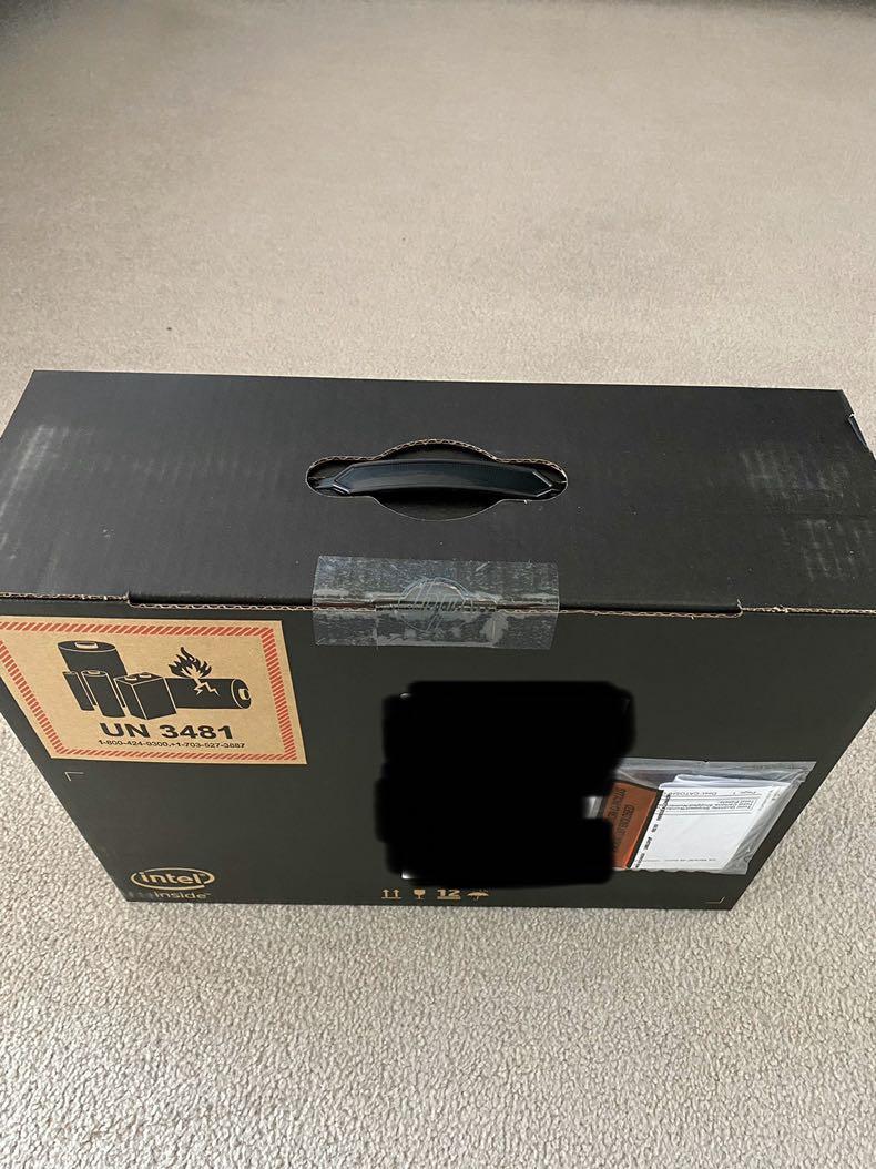 HP Spectre x360 13-ap0050ca Full-HD Convertible laptop Privacy screen