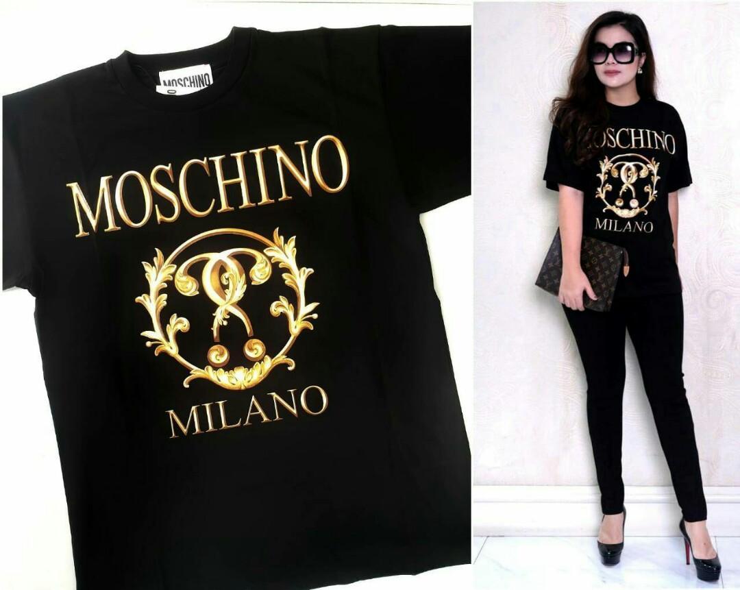 Ready Moschino Milano Baroque logo tshirt oversized  black  Size : XXS 51cm XS 53cm S 55cm M 57cm