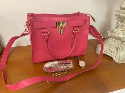 Kinaz正版側背包 #桃粉紅色