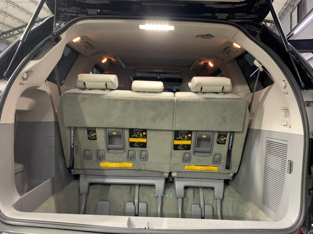 2013年 最新款Toyota Sienna Limited 4WD