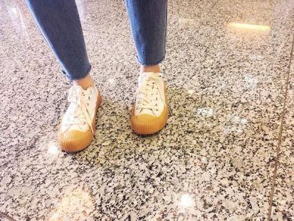 EXCELSIOR 餅乾鞋 尺寸23 穿過一次