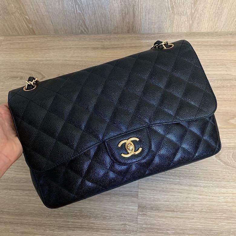 Authentic preloved 💯 Chanel Classic Jumbo Black Caviar Gold Hardware Flap Bag series 16
