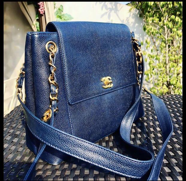 (Not selling at the moment) Authentic Vintage Chanel Navy Blue Caviar Tote with Gold Hardware