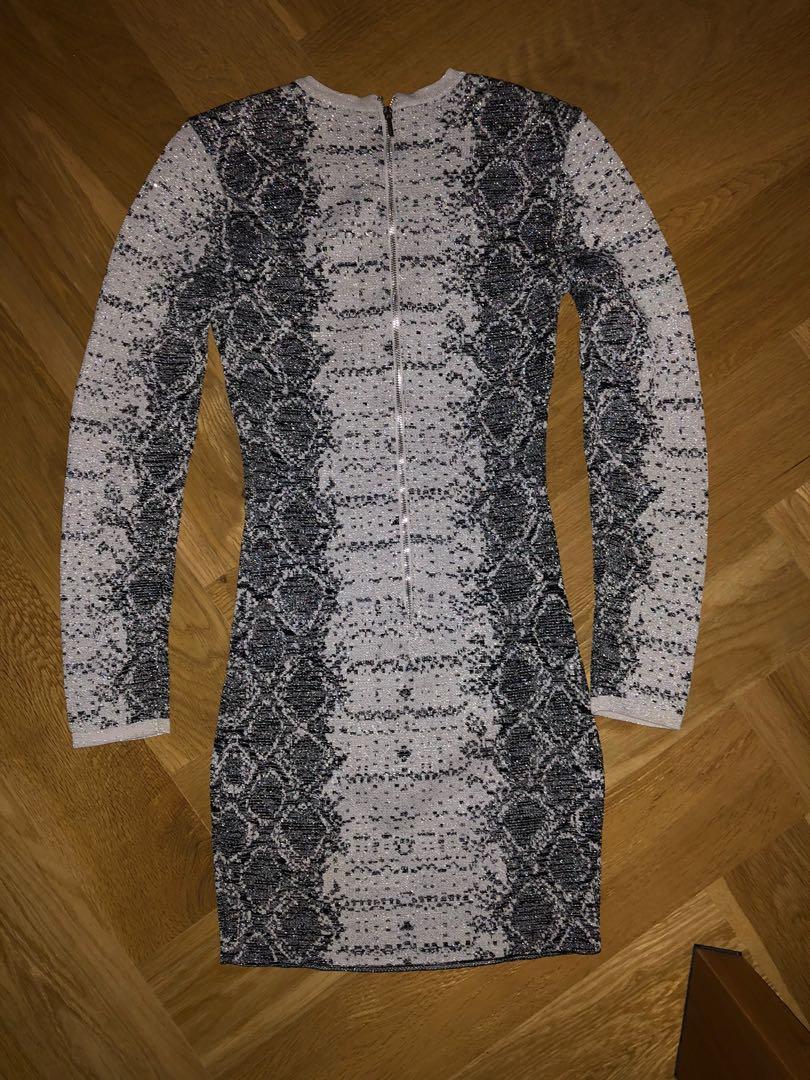 Bebe glitter silver and black snake print long sleeved bodycon mini dress- size xs