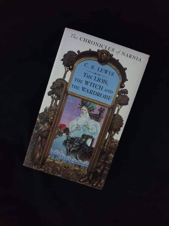 The Chronicles of Narnia - The Lion, The Witch and The Wardrobe by CS Lewis