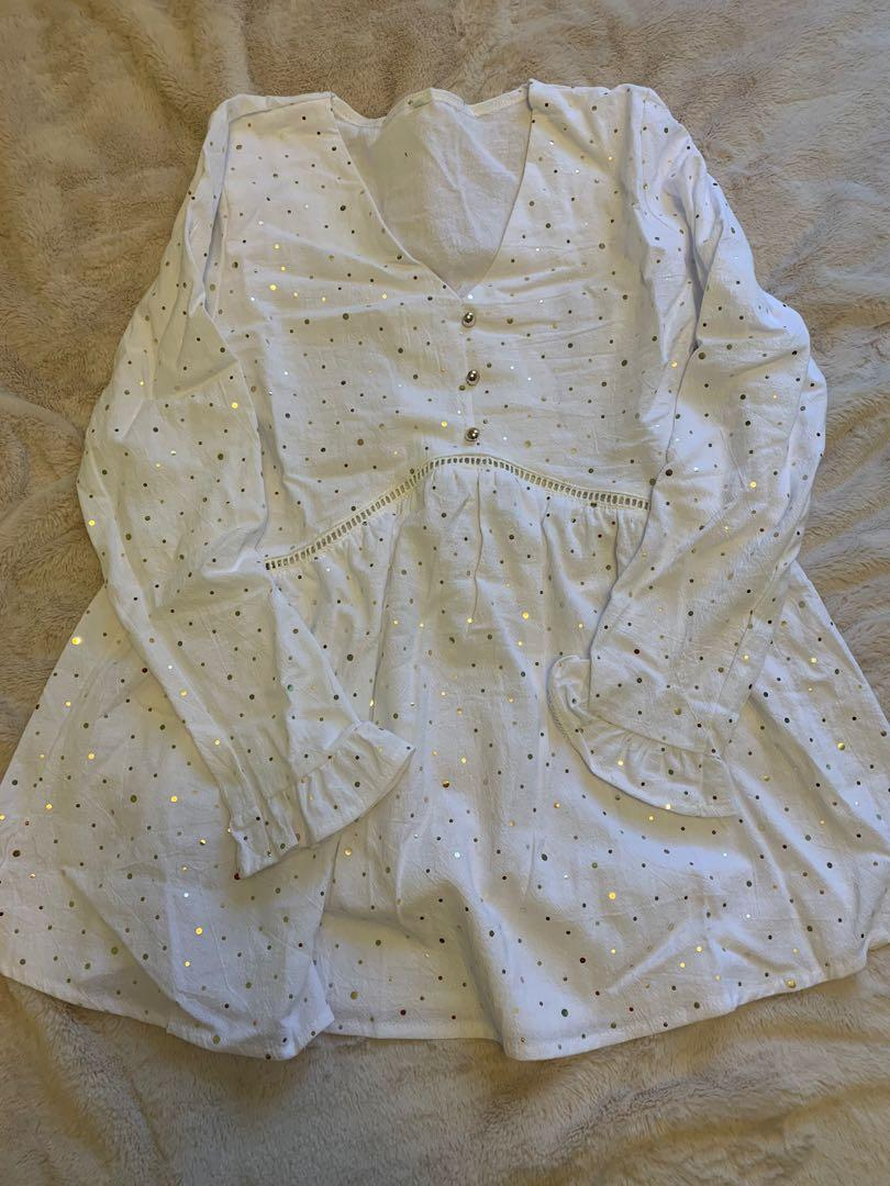 White gold polka dot blouse- Size M but fits small