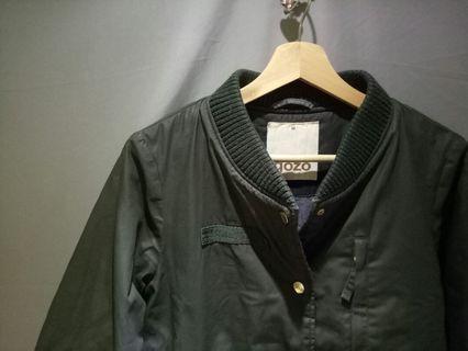 二手gozo深綠兩件式防風長版棒球外套