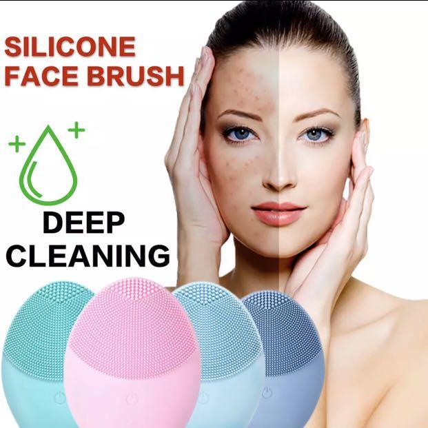 2020 NEW Silicone Face Cleansing Brush Mini Electric Massage Waterproof Facial Cleansing Tool Soft Deep Face Pore Cleanser Brush