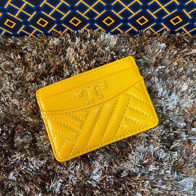 """Authentic New Tory Burch Foldable Mini Card Case Wallet➰Instock  #57088 Size : 4.5""""W x 2.5""""D x 4""""H Size : 4.5""""W x 2.5""""D x 4""""H 🌟149$