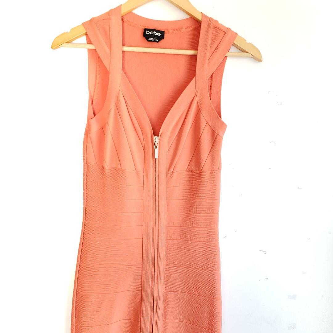 Bebe Deep V Zipper Bodycon Bandage Dress Size Medium.
