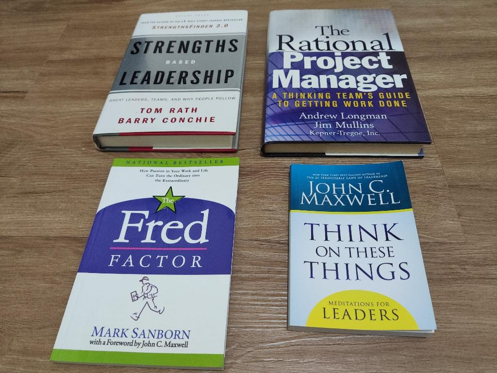 Business books Strenghts based Leadership, Rational Project Manager, John Maxwell Meditations for leaders