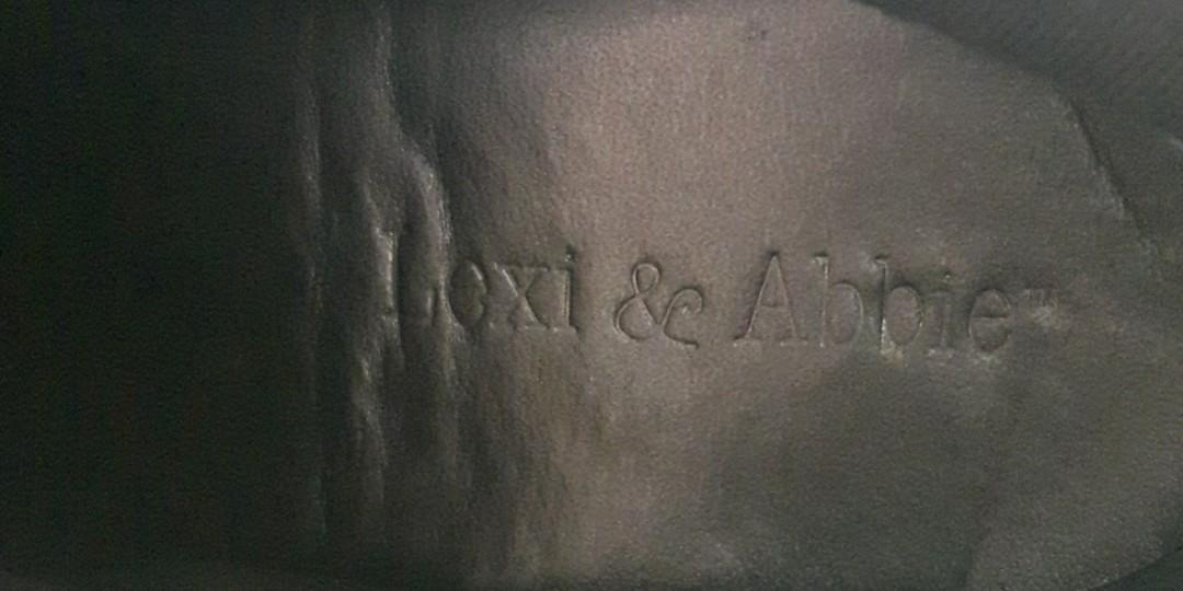 SIZE 8- LEXI & ABBIE RUBBER SOLE BOOTIES SANDY BEIGE