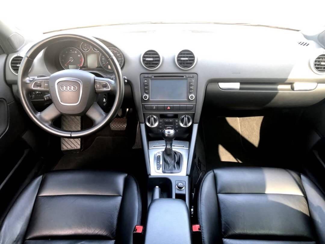 Audi A3 1.8t. 2011年