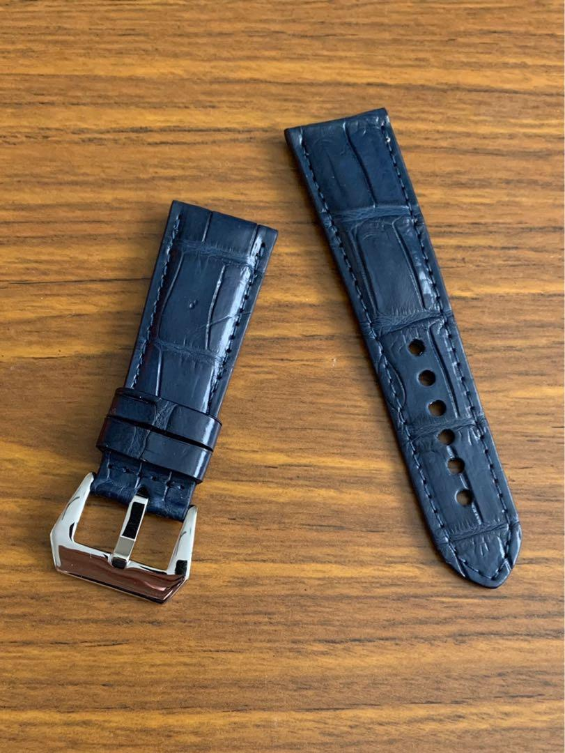 26mm/22mm Authentic Monaco Blue Alligator 🐊 Crocodile Watch Strap (last pièce in Monaco Blue, never coming again 😊👍🏻) Standard length- L:120mm, S:75mm