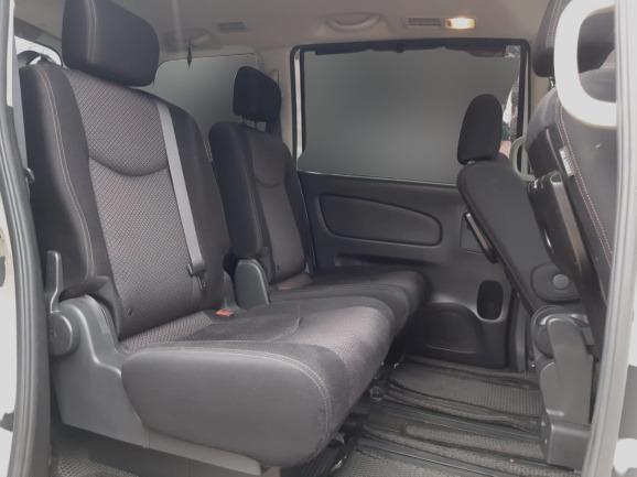 Nissan Serena HWS Automatic 2013, Putih DP 15,9 Jt Top Condition No Pol Ganjil