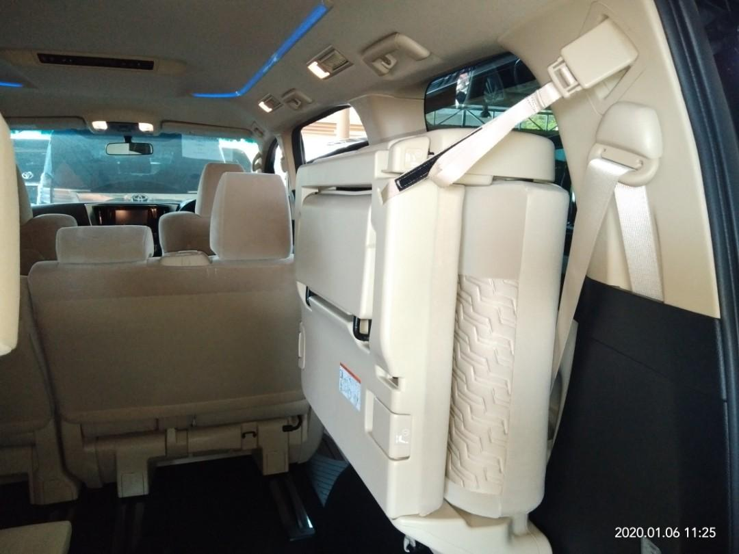 TOYOTA VELLFIRE X 2.5 8seat  Year:2017✔From:Japan🇯🇵✔ ROCEN:New unregistered.✔ Engine:2.5cc✔Mileage:26,200✔ PRICE RM180,888.88👍📱0⃣1⃣2⃣2⃣3⃣6⃣7⃣2⃣7⃣2⃣