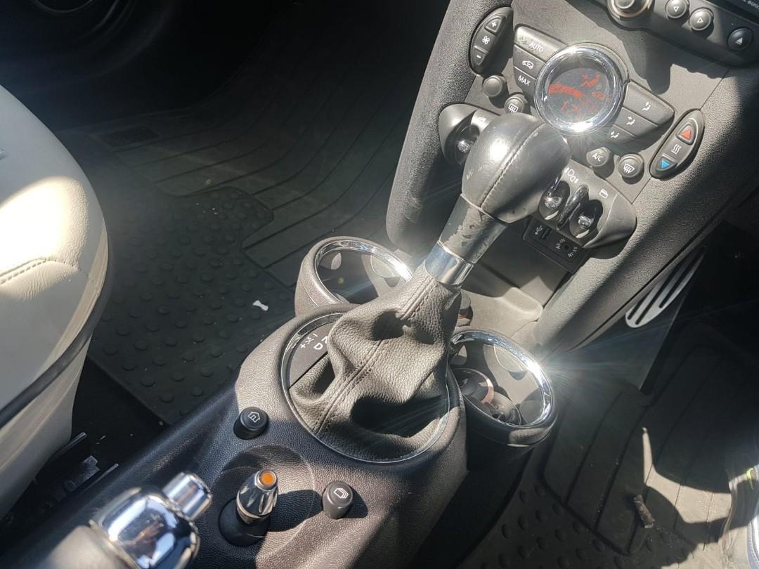 MINI cooper S cabriolet 1.6 (2010 model) Auto