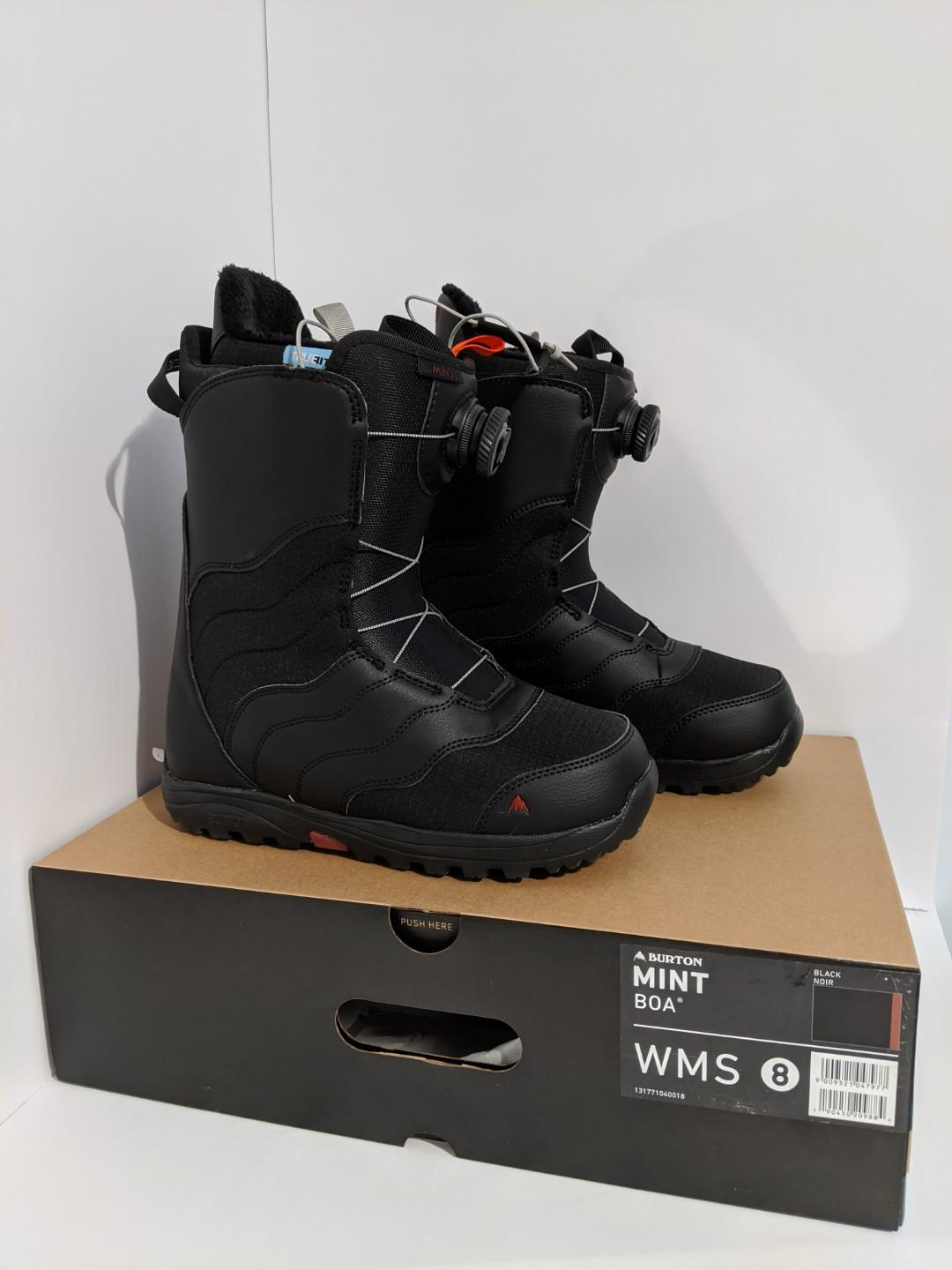 NEW/UNUSED Women's Sz8 Black Burton Mint Snowboard Boots 2018/19