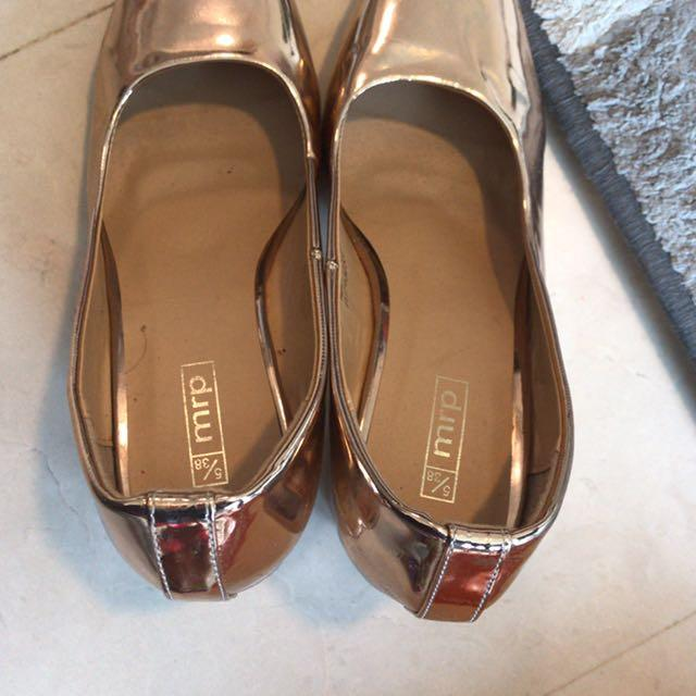 Rose Gold Shoes Women S Fashion Shoes Heels On Carousell