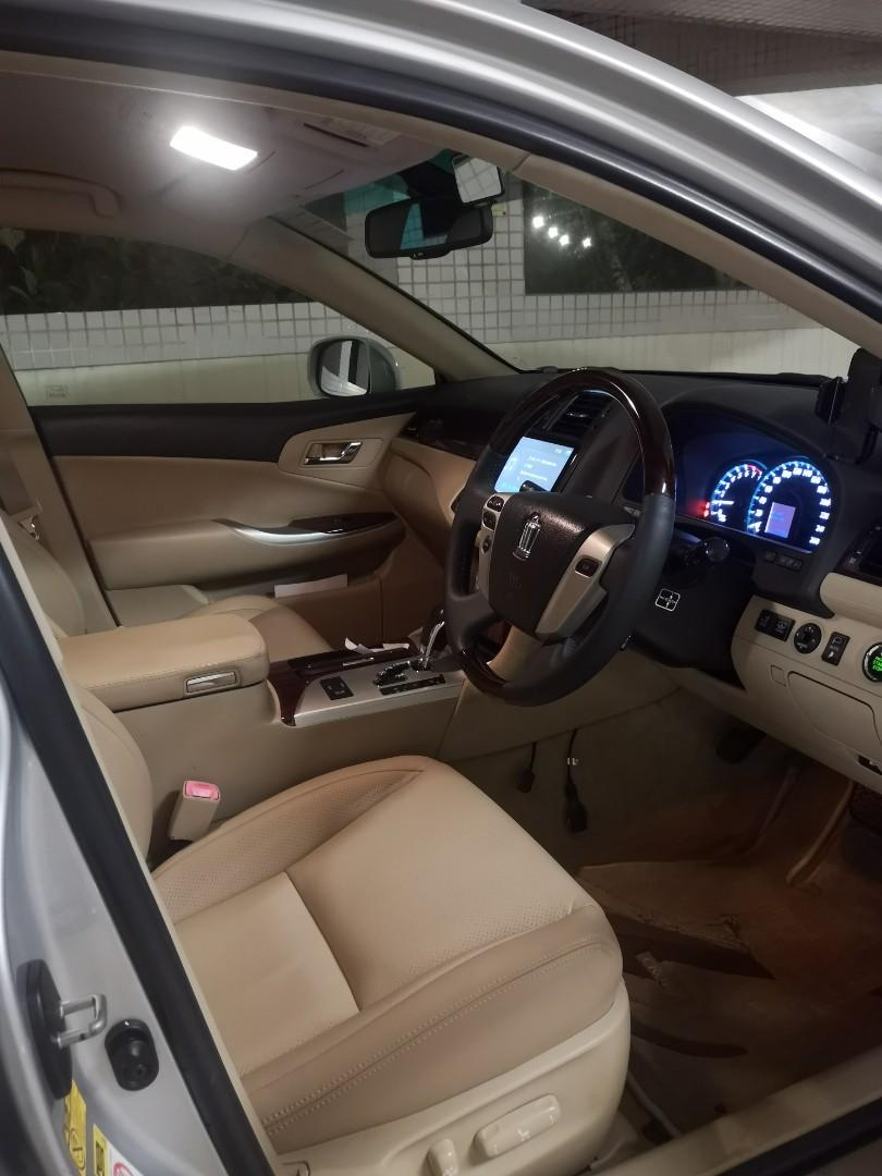 Toyota Crown 3.0 (A)