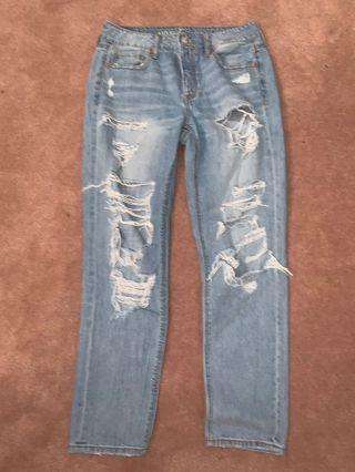 AMERICAN EAGLE DISTRESSED JEANS *PRICE DROP*