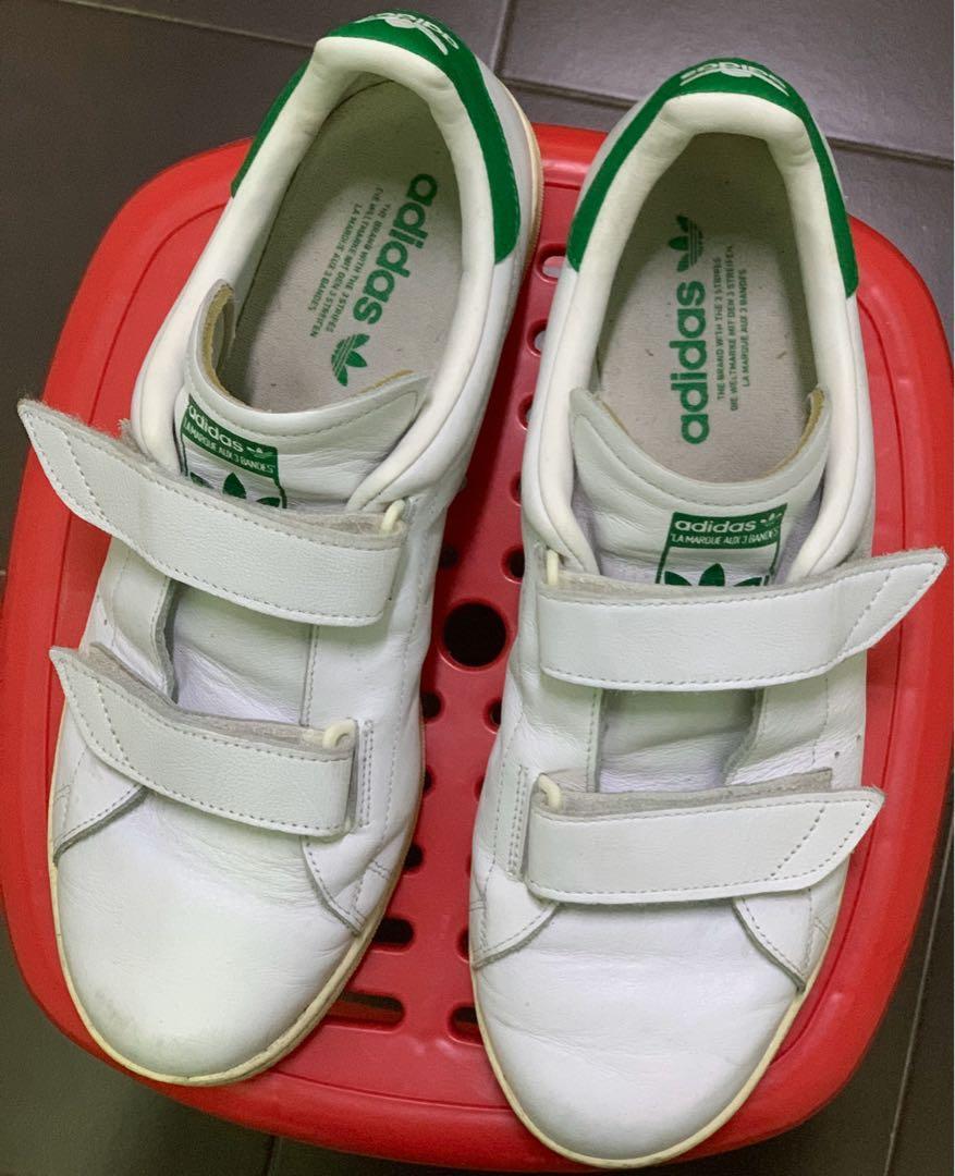 velcro strap tennis shoes