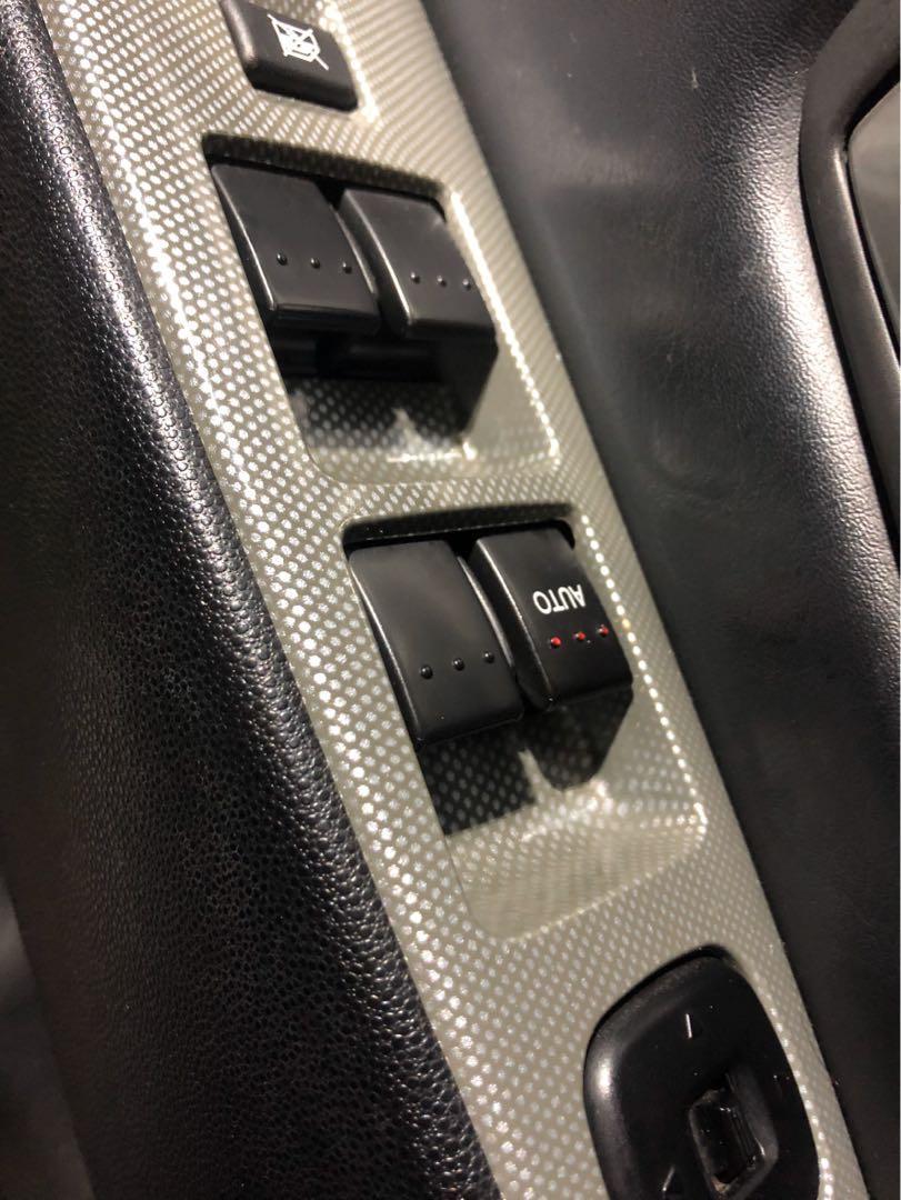 【AJ車庫】強力過件零元交車 【、無保人、首購、全額貸】06 馬三