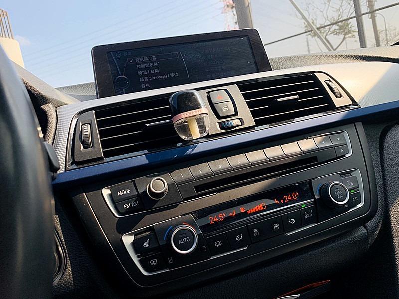 BMW 2013 328I 正M版 藍色的迷人線條 真的好美