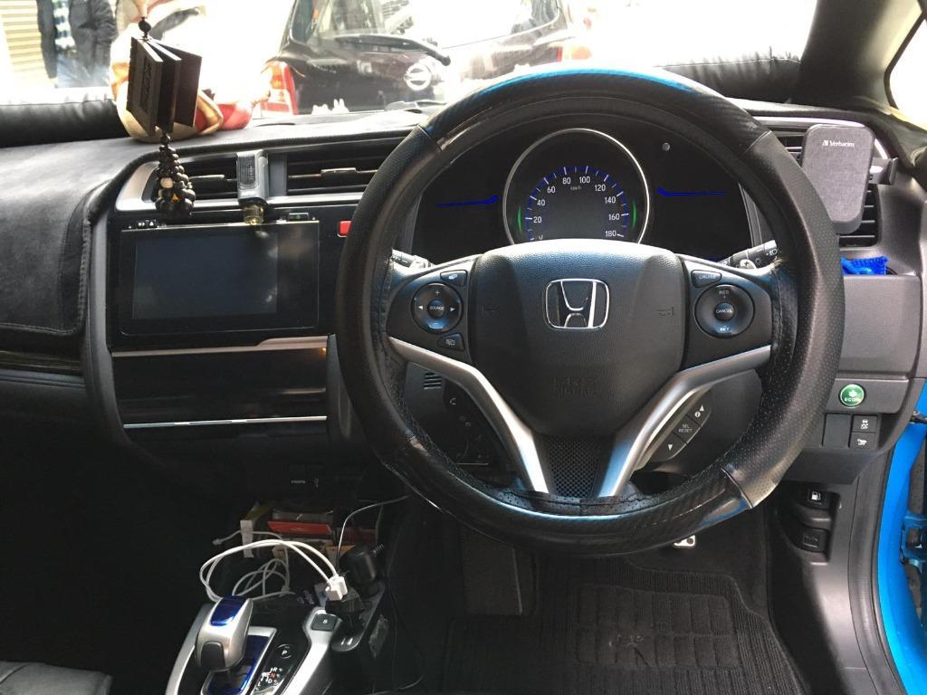 Honda Fit HYBRID GP5 S Auto