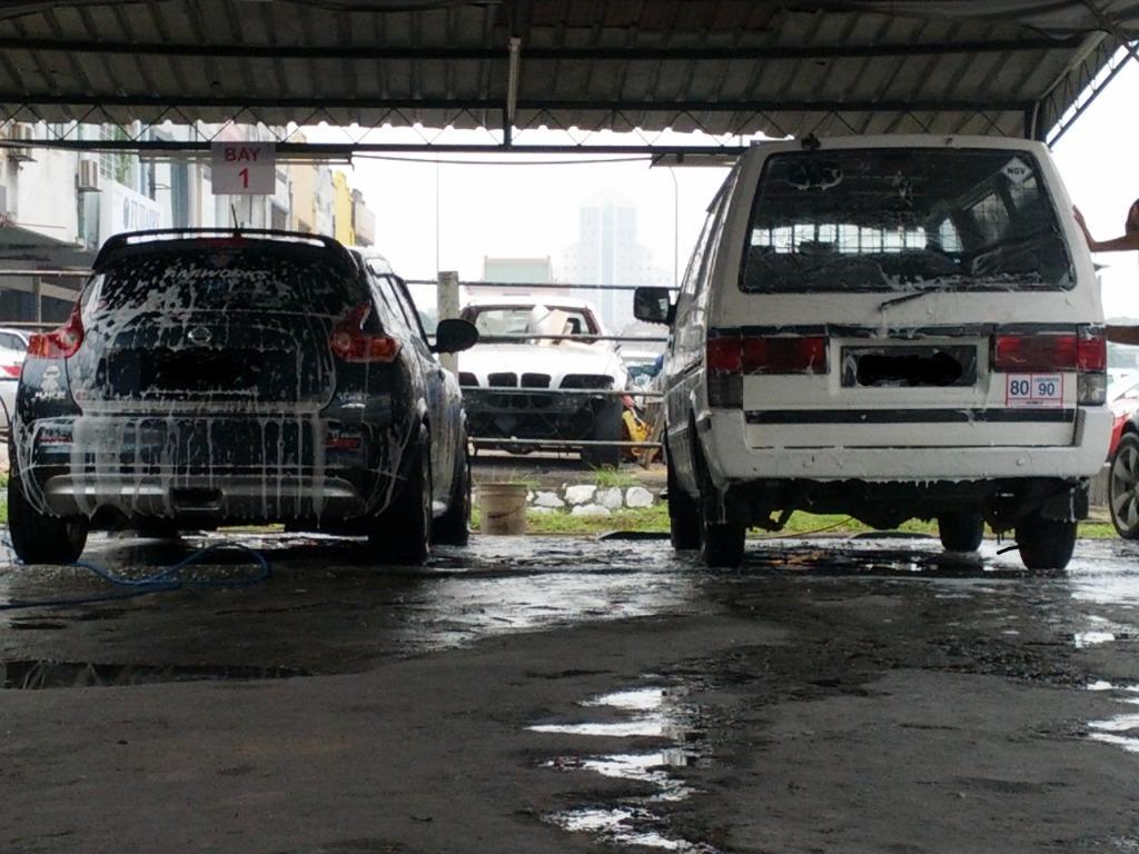 Nissan Vanette Panel Van Angkut Barang Pandu Sendiri