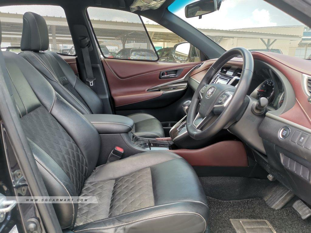 Toyota Harrier 2.0 Premium Moonroof (A)